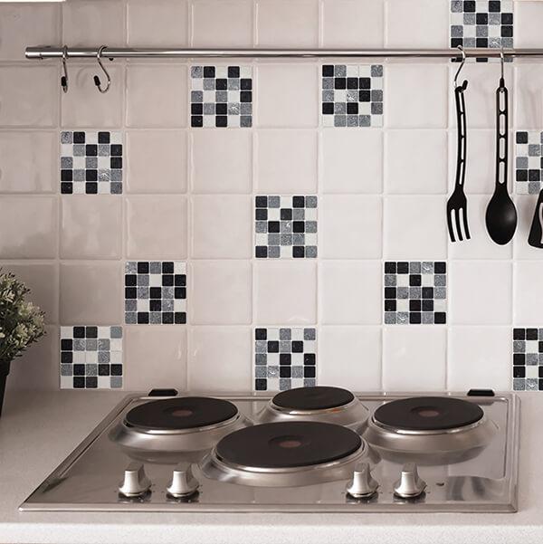 piastrelle adesive - black and white