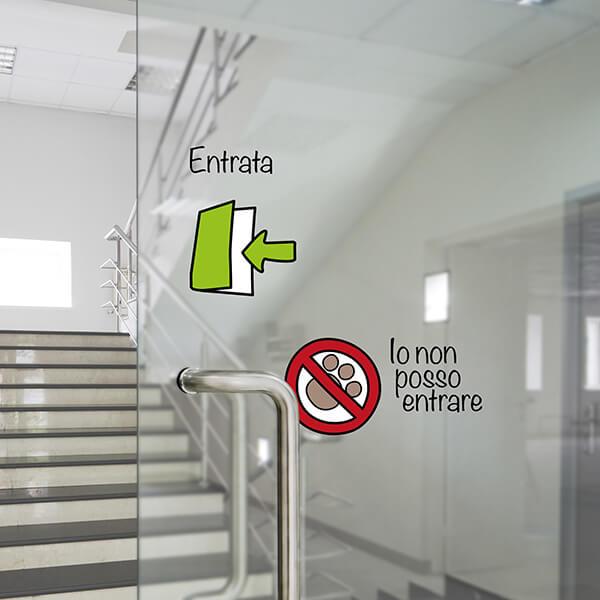 segnaletica adesiva per muri e vetri - disegni - entrata / uscita 1